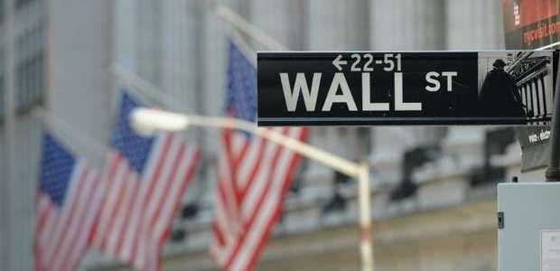 Wall Street fecha em baixa