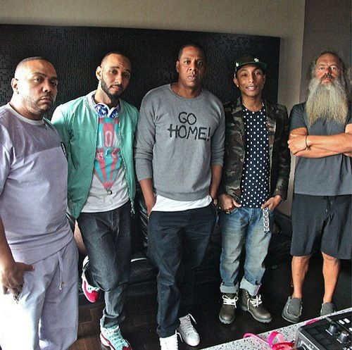 Timbaland Speaks About Working On Magna Carta Holy Grail   Video
