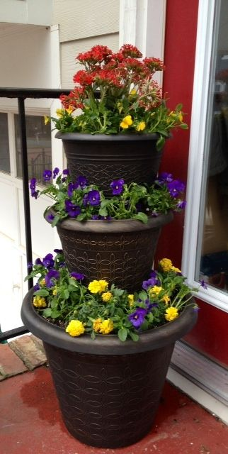 Before Seeing This Blog I Would Have Done This Planter The Hard Way Tiered Planter Flower Pots Outdoor Diy Planters