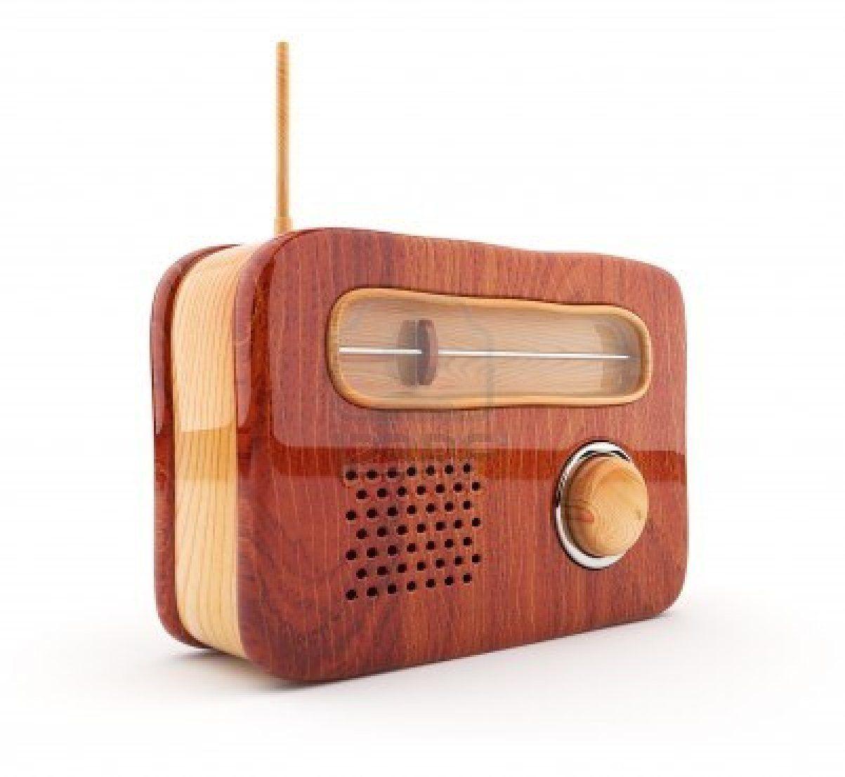 Wooden radio 3D  Retro style  Isolated on white  Stock Photo - 12780484