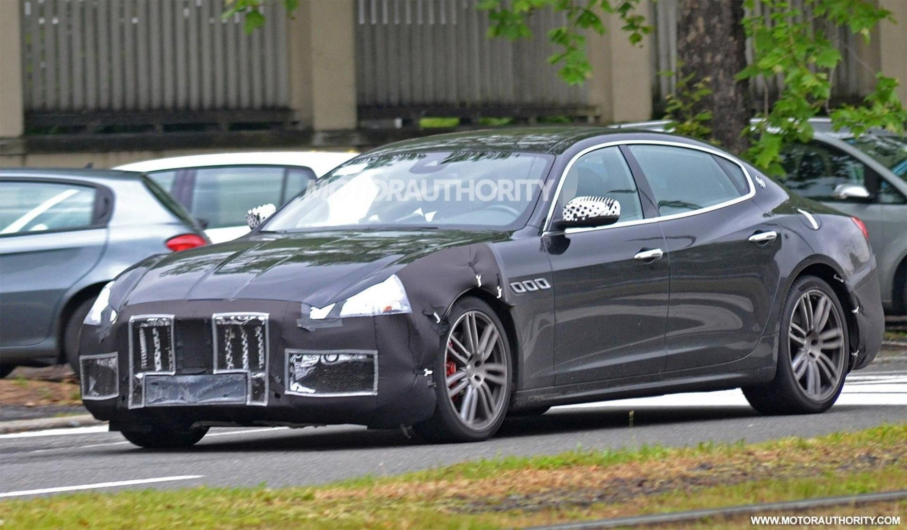 2021 Jaguar XQs Spy Shoot