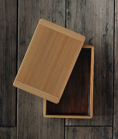 Japanese wooden bento box, as Kino\'s mother packed for him in THE ...
