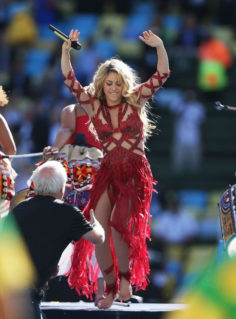 World Cup 2014 The Best Celebrity Style From The Month Long Event Shakira In Charbel Zoe