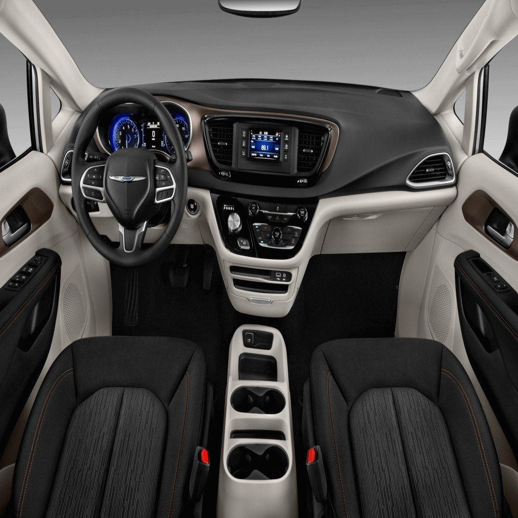 2020 Chrysler Town Country