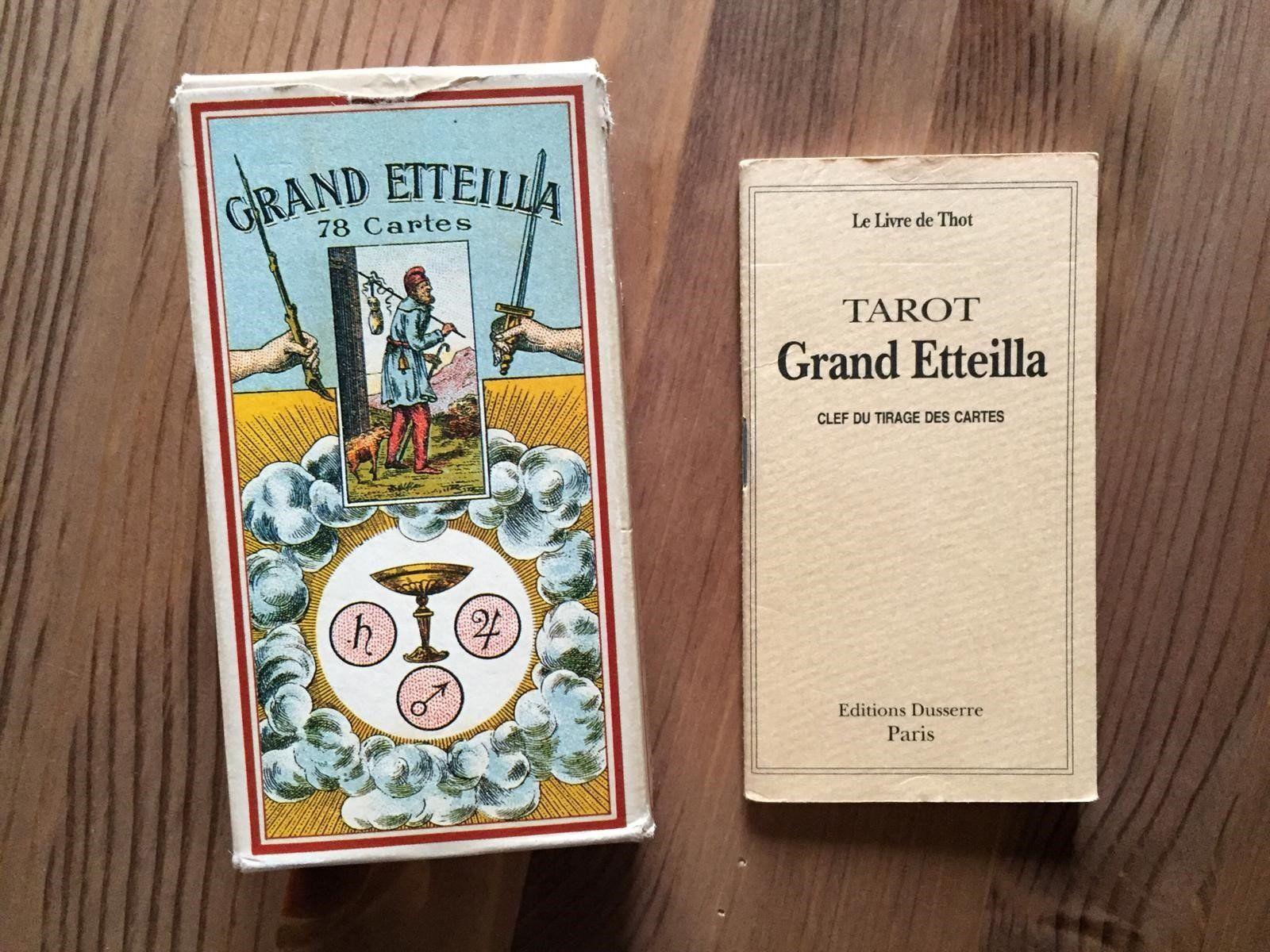 Rare Grand Etteilla Jeu De Tarot 78 Cartes Complet De La Boutique Frenchrendezvous Sur Etsy 78 Tarot Cards Cards Tarot