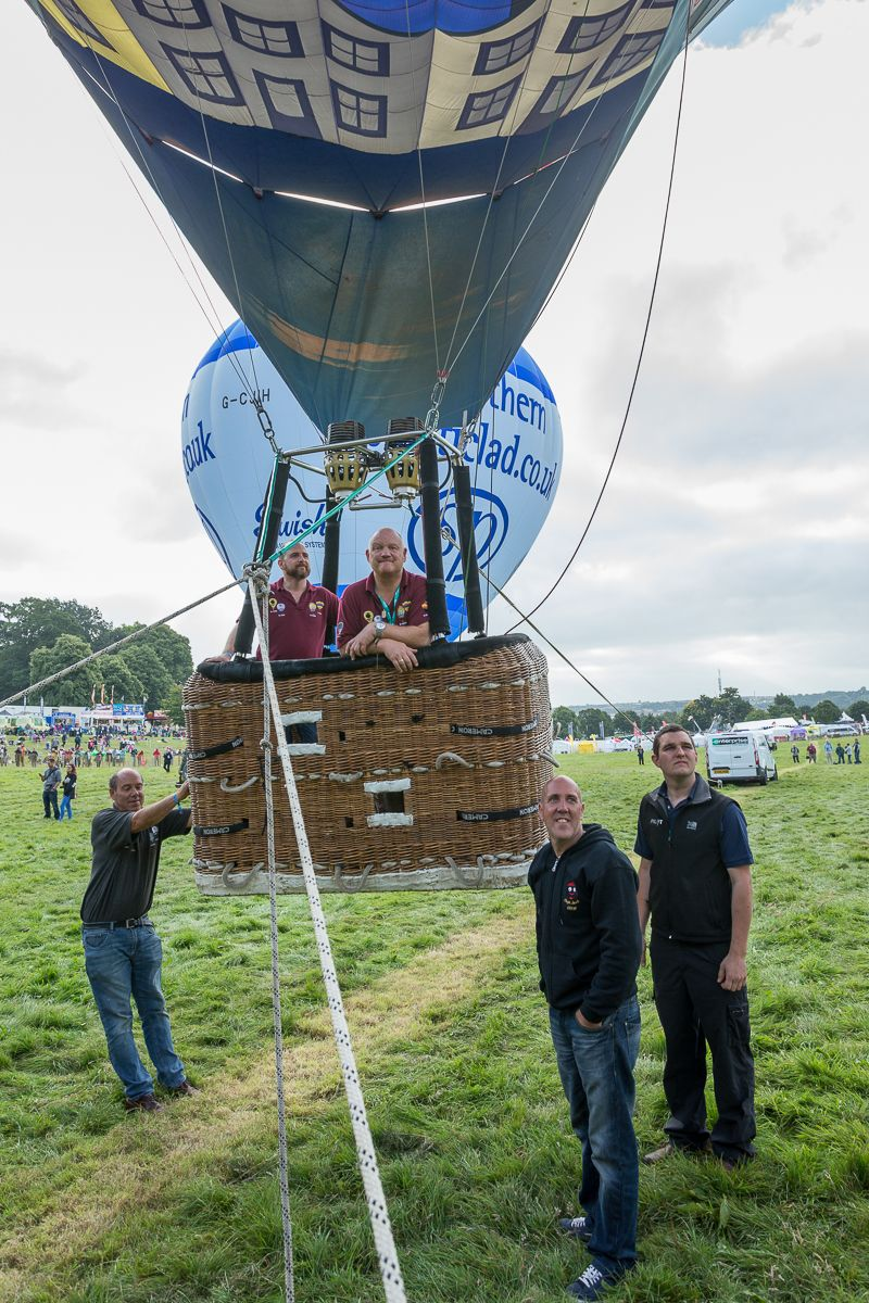 Meeting Old Friends at 2016 Bristol International Balloon Fiesta - https://neilcordell.com/blog/old-friends-bibf/
