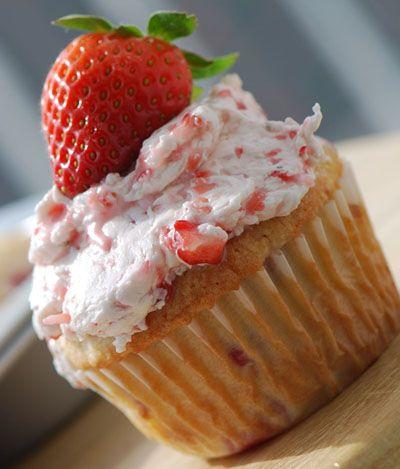 Strawberry cupcakes #recipes
