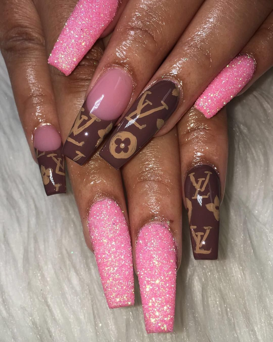Louis Vuitton Nailz- Shai✨ (@gorgeous_shai) on Instagram | Long ...