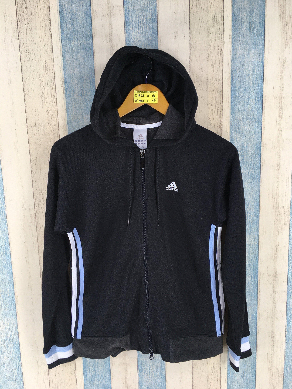 aea06bb1261b  clothing  women  jacket  nikewindbreaker  adidassweater  adidaswindbreaker   adidasthreestripes  adidasoutfit  adidastracktop