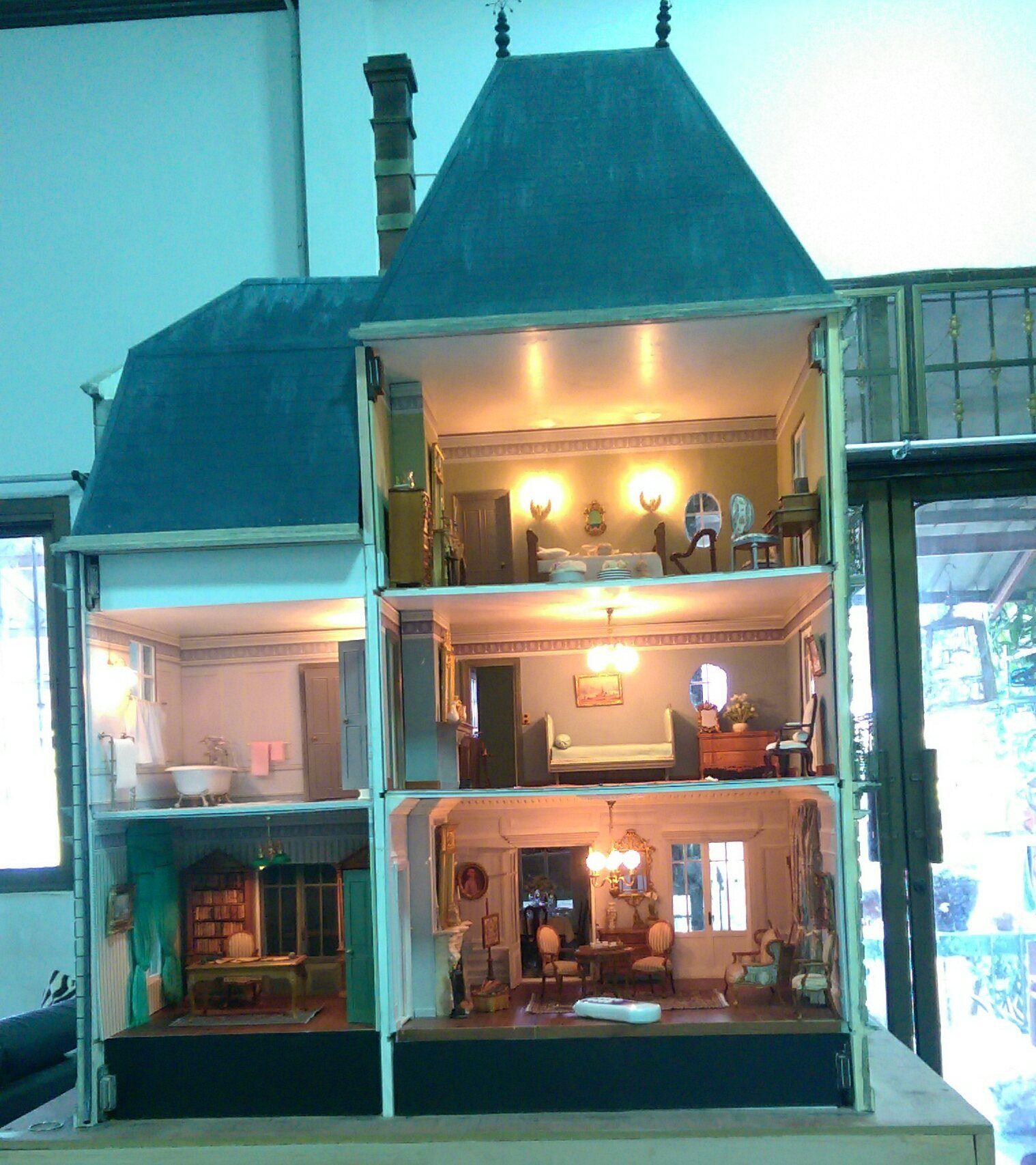 Épinglé par Patrick Duclou sur The villa | Maison de poupée, Maison miniature, Maison