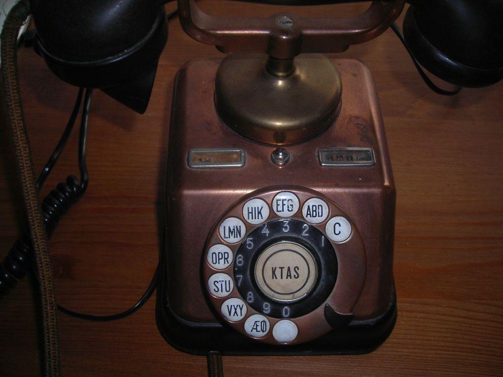 Kjobenhavns Rotary  BRASS & COPPER Telephone made  in Copenhagen, Denmark ± 1930/1940 WITH BAKELITE HANDLE