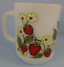 Vintage Strawberry Mug Anchor Hocking Fire King Strawberries White Milk Glass (J