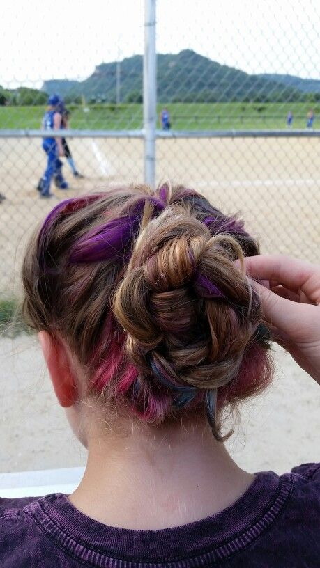 Bekka did some hair at my sister's softball game.. couldn't help but take a picture of the result:)