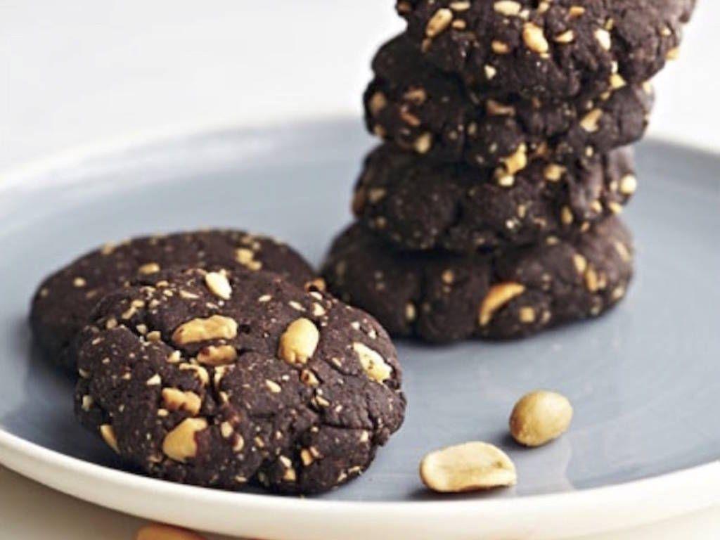 La Ricetta sfiziosa dei Cookies Cioccolato e Arachidi - Alice ...