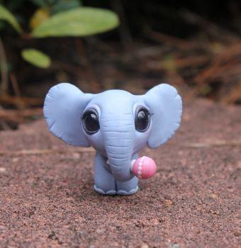 Elefantenbaby von BittyBiteyOnes  #bittybiteyones #elefantenbaby #buddy #kreativehandwerke