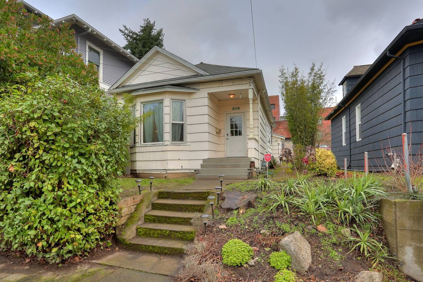 Cozy Capitol Hill Home 316 Houses for Rent in Seattle