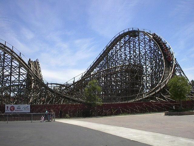 Roar Six Flags Discovery Kingdom Vallejo California Usa Vallejo California Vallejo Theme Parks Rides