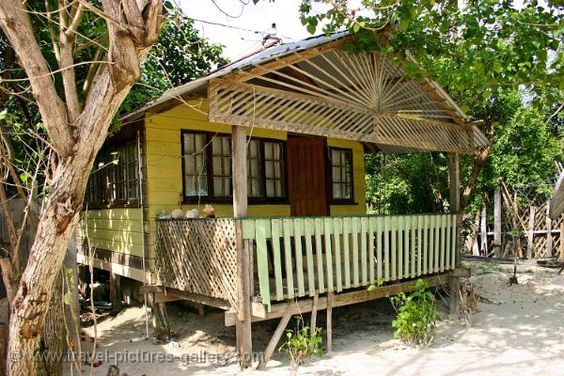 Pictures of the Caribbean - Jamaica - Beach hut Timeu0027n Place . & Pictures of the Caribbean - Jamaica - Beach hut Timeu0027n Place ...