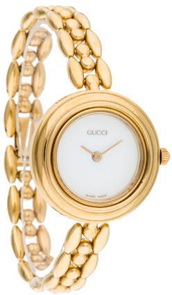 dc0d9d4ba49a79 Ladies  gold-plated stainless steel 26mm Gucci 1100 Series Watch with smooth  bezel