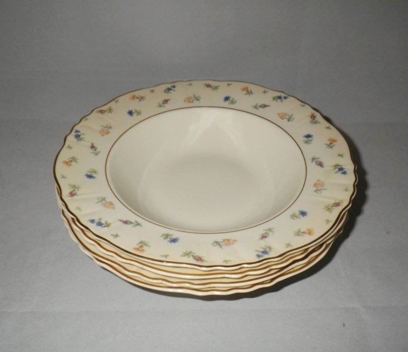 Syracuse China Suzanne Federal Shape Rimmed Soup Bowls