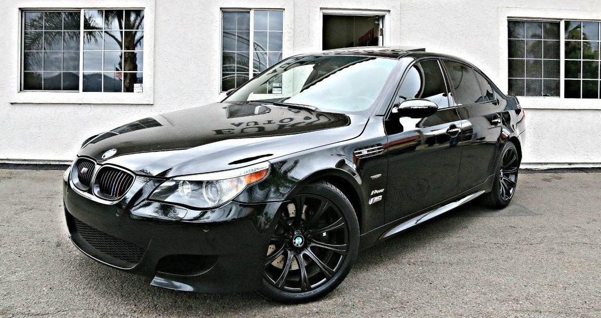 bmw e60 m5 5 0 l v 10 black sapphire metallic bmw m5 ca. Black Bedroom Furniture Sets. Home Design Ideas