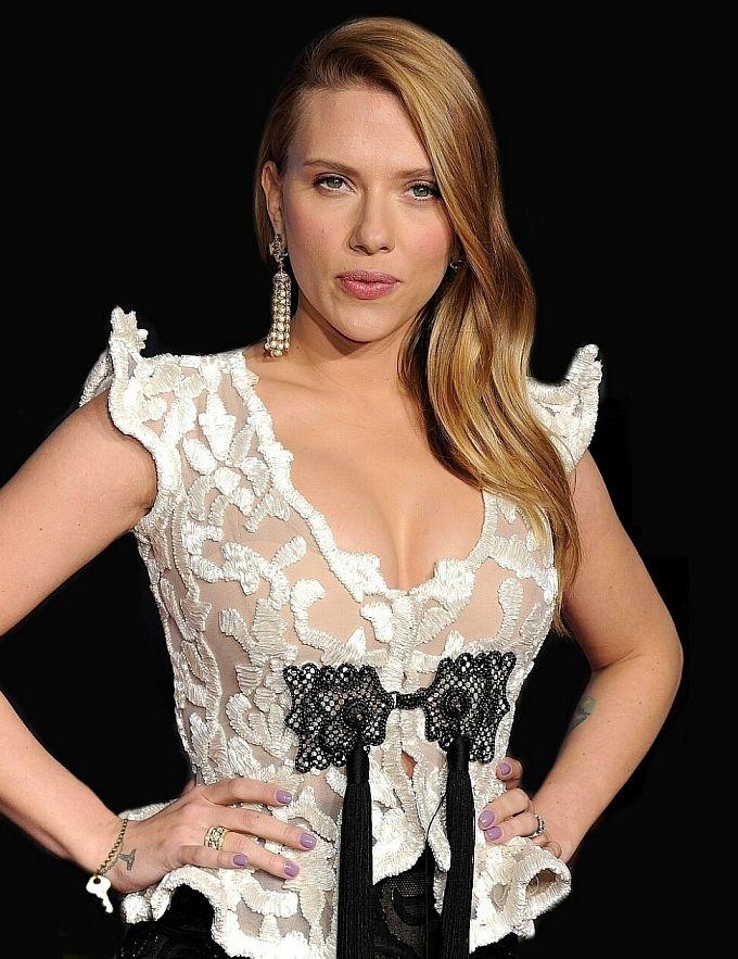 Celebrity Femdom Scarlett Johansson Keyholder