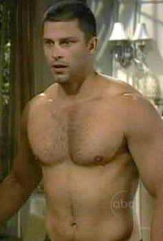 Hombre musculoso modelo desnudo pic