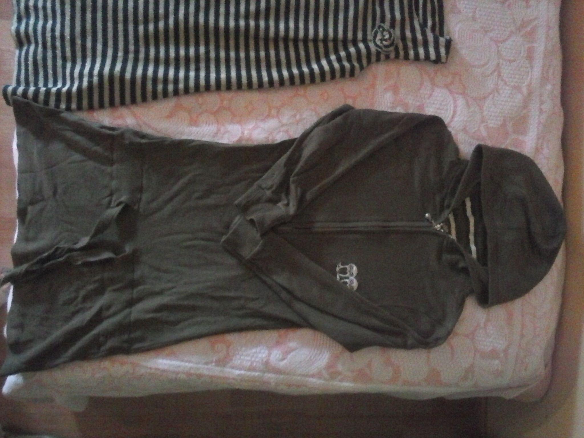 (Αττική) Παιδικά ρούχα   υποδήματα • Ρούχα για κορίτσι 7-10 ετών  1. Πλεκτό  φόρεμα Zara 8-10 2. Φόρεμα φούτερ με κουκούλα 8-10 3. 52ce7b9637e