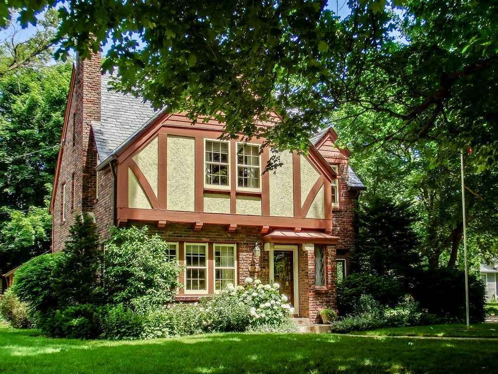 1931 Tudor Marshalltown Ia 174 900 My Home Old Houses Old