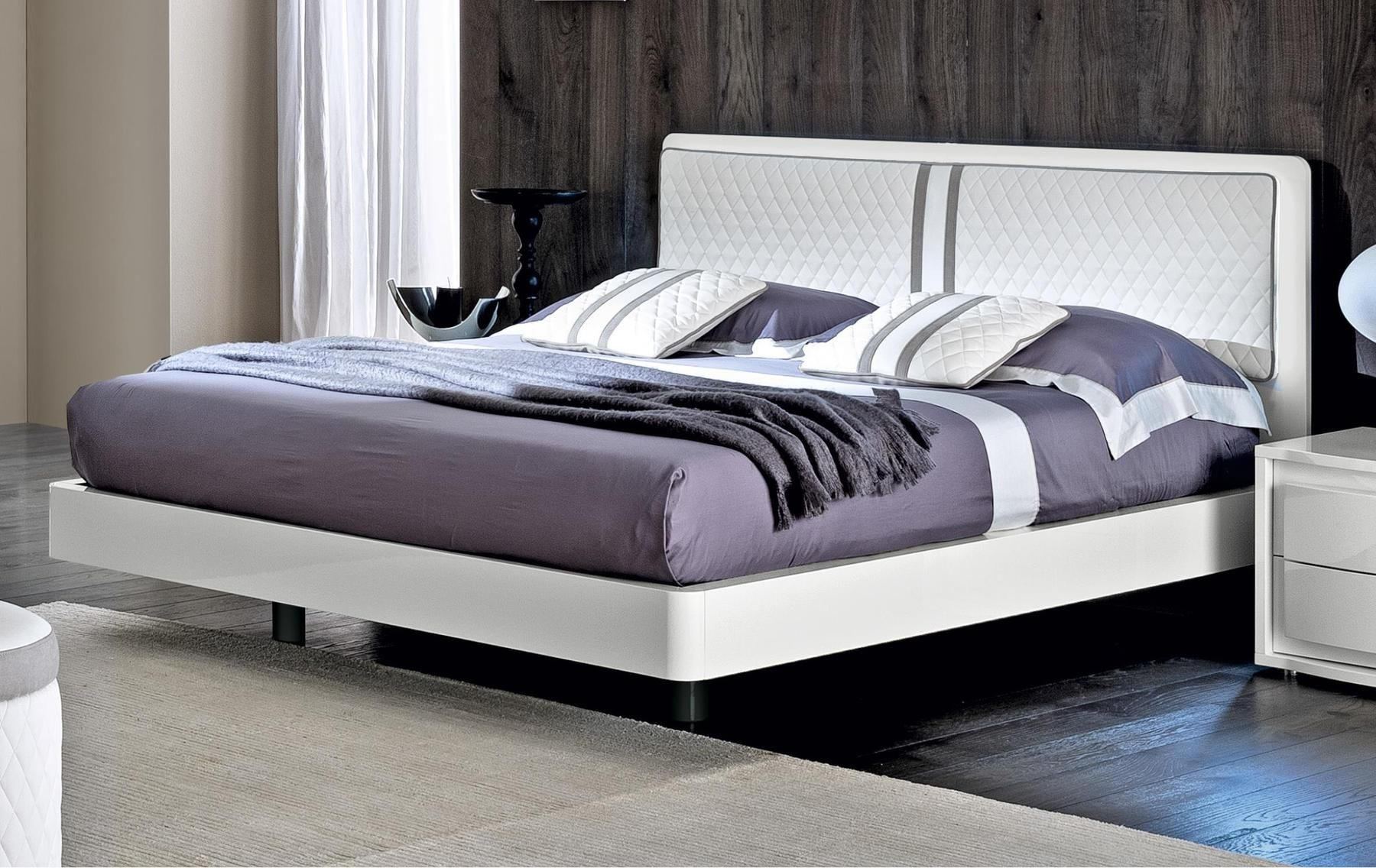 Best Esf Dama Bianca Modern White Platform Low Profile Bed 400 x 300