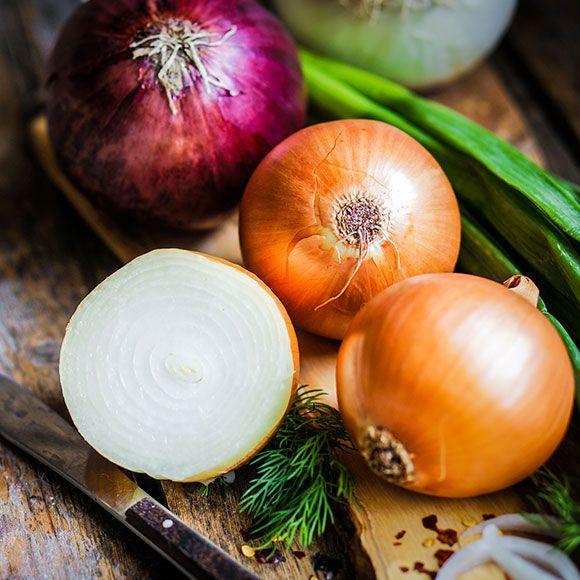 Astuce eplucher et mincer des oignons sans pleurer astuces cuisine soupe legume oignon - Soupe a oignon maison ...