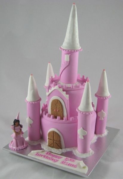 Castle Birthday Cake for a pricess party Cake Sisters Brisbane
