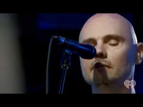 Smashing Pumpkins - Space Oddity (Bowie cover) on ROCK 105.3 Radio (June...
