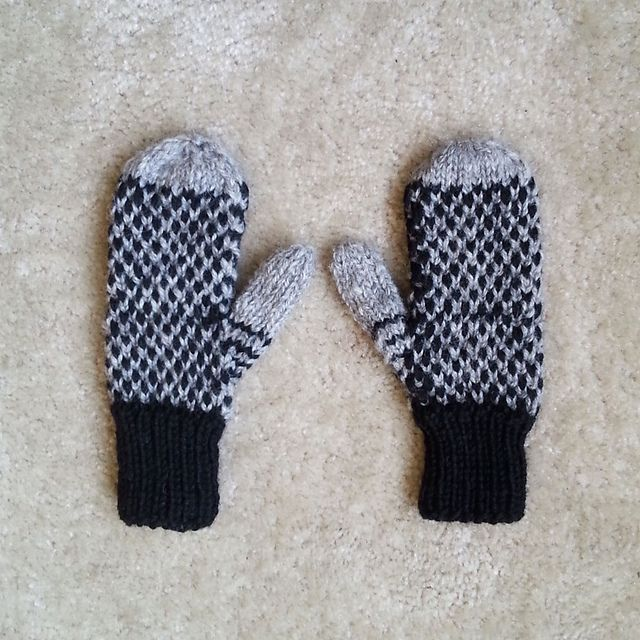These Thick Warm Mittens Are Made With Two Colors Of Worsted Weight