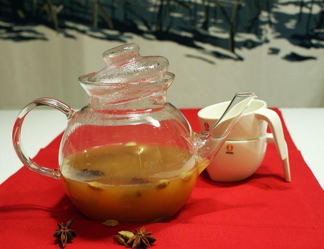 Keittotaiteilua: Camilla Plumin omenatoti