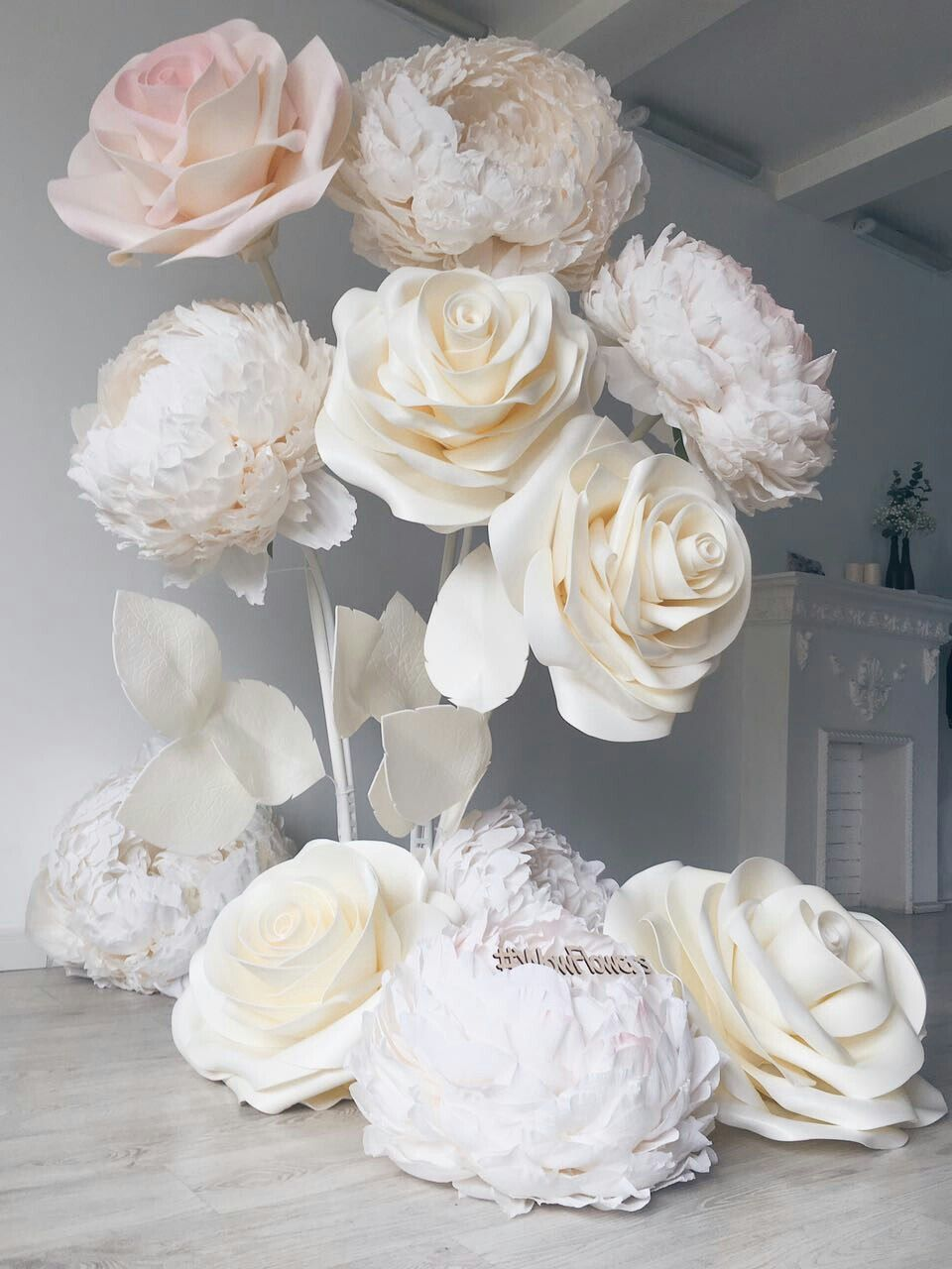 Wedding decorations paper flowers  paperflowers My fav to create  modify  Pinterest  Flowers Paper