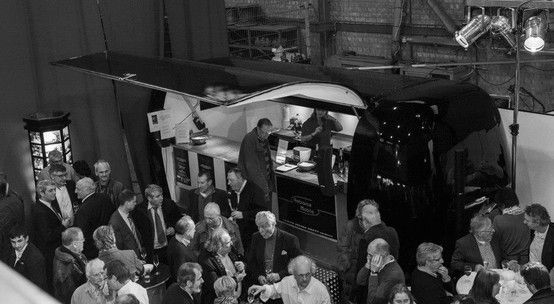 Ambiance Mobile in een hanger van de haven van Antwerpen #ambiancemobile #event #mobielebar