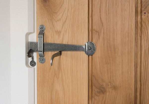 How To Fit A Suffolk Thumb Latch Http Www Morehandles Co Uk Blog How To Fit A Suffolk Thumb Latch Door Handles Door Latch Latches