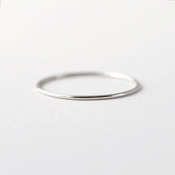 Mila Kunis Platinum Wedding Band Thin Pt950 Ring Platinum Wedding Band Platinum Wedding Rings Wedding Rings Simple