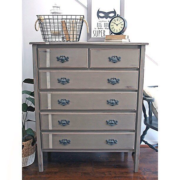 SOLD -- Finished off this large chest of drawers in a new #anniesloanchalkpaint Coco. My arms are now like jelly after waxing this one! #forsale {$375} #drawers #womenwhodiy #queensland #vintage #furniturerestoration #paintedfurniture #furniture #qld #brisbane #interiors #ascp