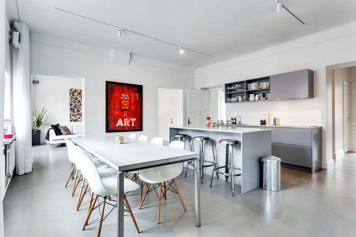 Apartamento moderno industrial con decoración masculina: comedor con ...