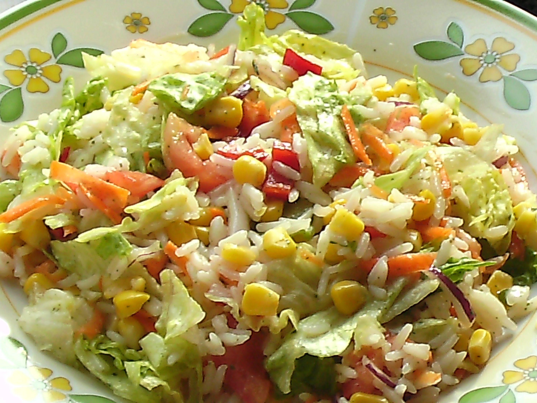 Salata malzemesi cok oldugunda