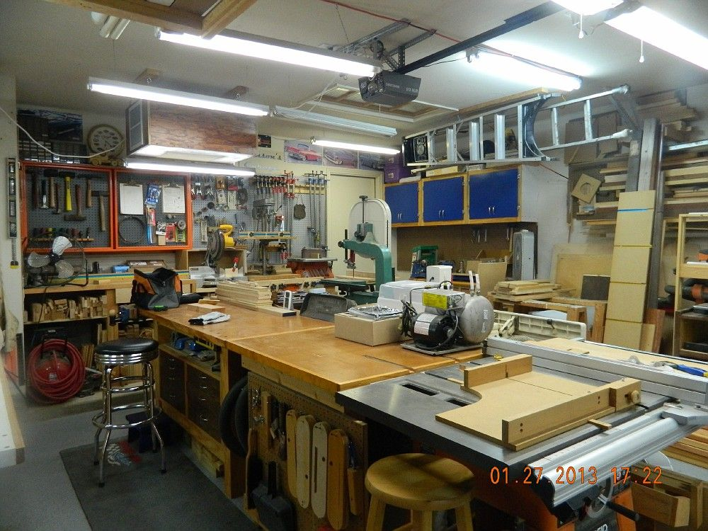Perfect Woodshop Layout For Saving Shop Space