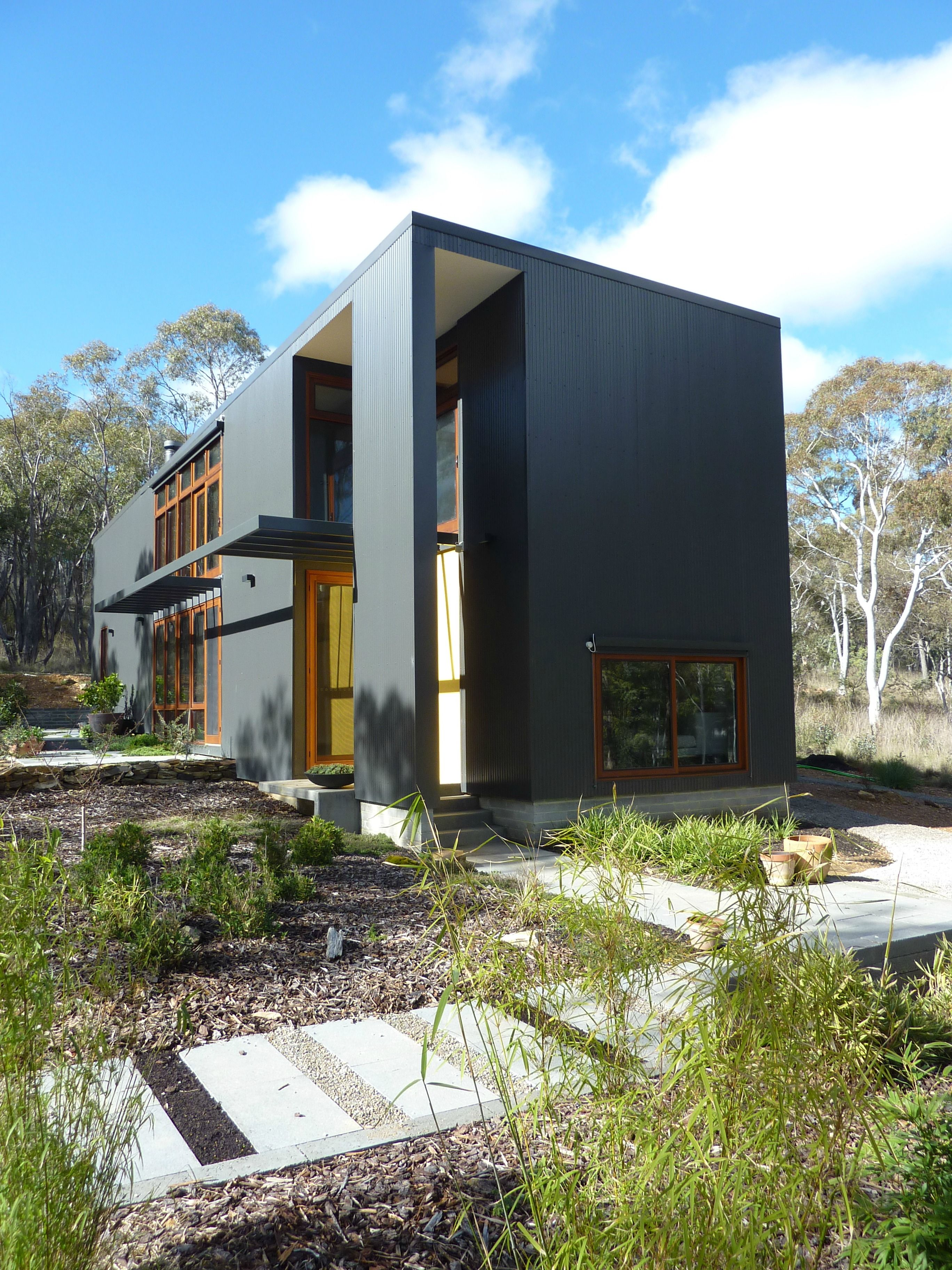 Rob henry architect box houses architects and metal cladding