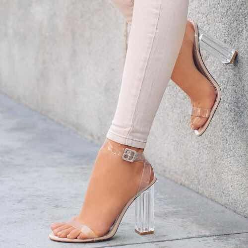f3c8d908ff3c7 Zapatos Transparentes de Moda que son Realmente Hermosos