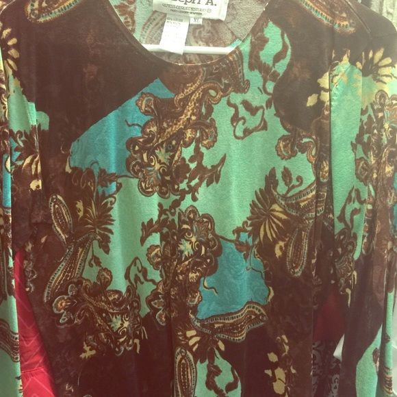 Paisley light weight sweater Brown and aqua paisley, 3/4 sleeve, light weight sweater material, no flaws. Fits like a medium to large not like an XL Joseph A Tops Blouses