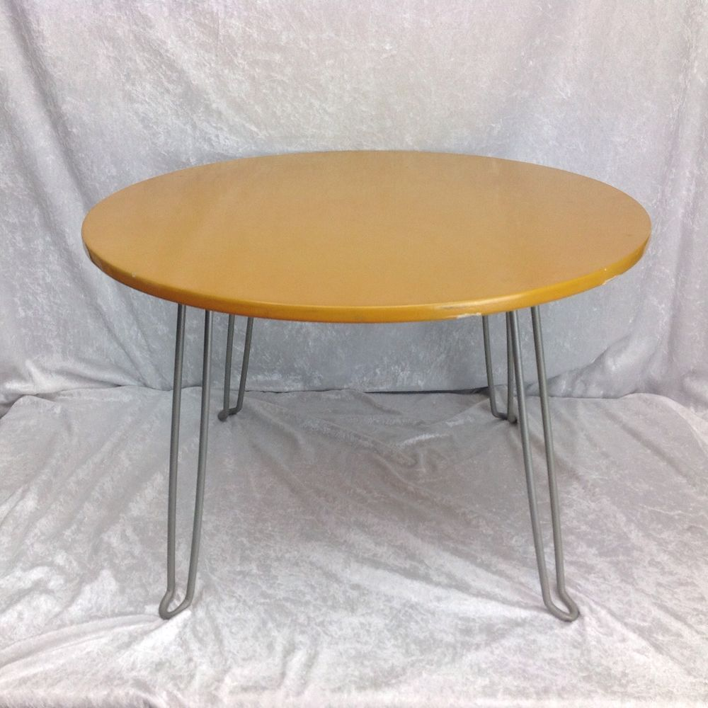 Vtg Yellow 24 Inch Round Table Deco Kitchy Folding Coffee Kids Sturdy Table Sturdy Kid Table