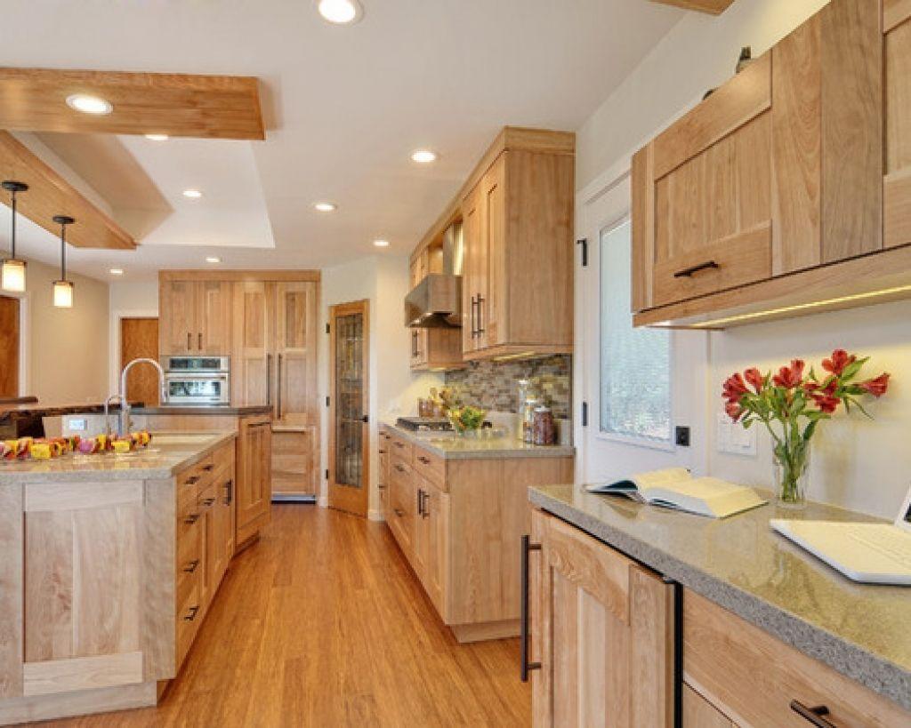 Cozy Birch Kitchen Cabinets Inspirations In 2020 Birch Kitchen