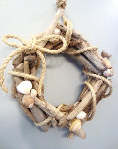 The Cutest Small Diy Drift Wood Wreath Driftwood Diy Driftwood Crafts Driftwood Wreath