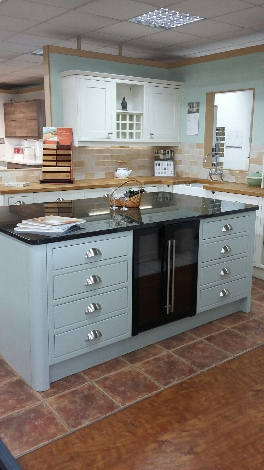 BY DESIGN Rutland Painted to Order In-Frame kitchen - tenovated ...